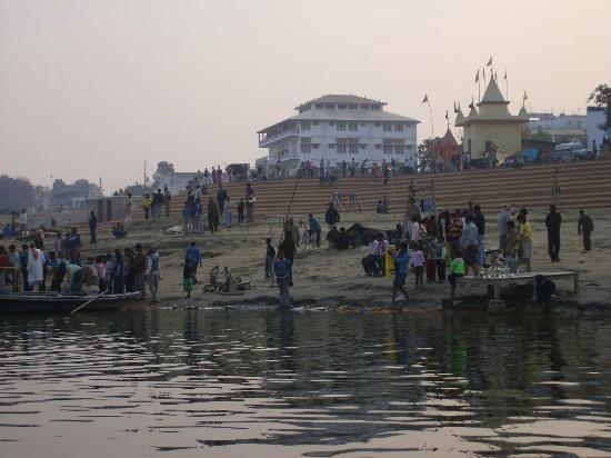 Chaumsathi Ghat