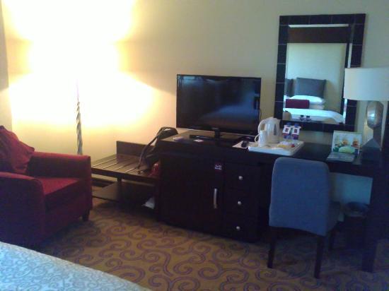 Century Hotel : room