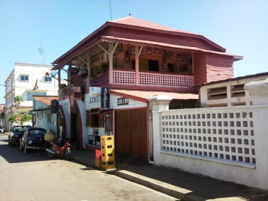 Nandipo, veduta esterna