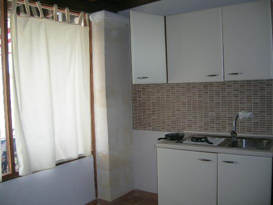 Pino Residence : cucina