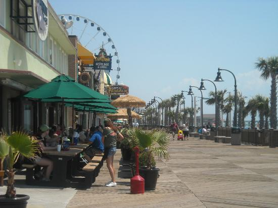 Myrtle Beach Boardwalk Promenade Lots To See Do And Eat
