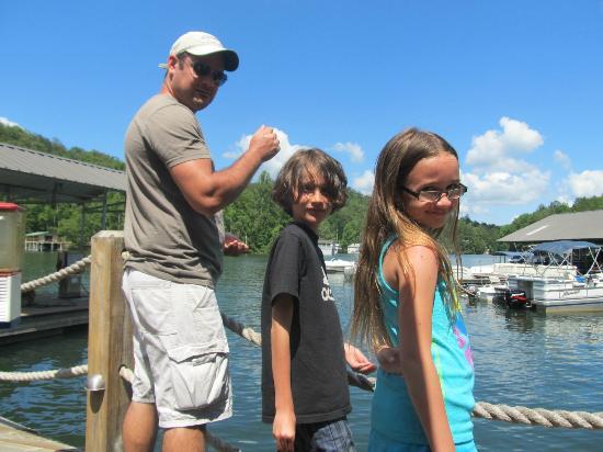 La Prade's On Lake Burton: Feeding the fish