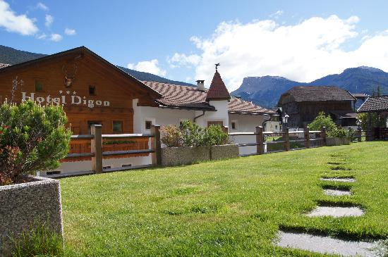 Photo of Hotel Digon Ortisei