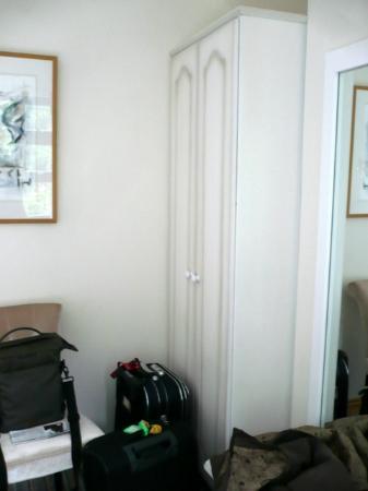 Abbeyville Bed & Breakfast : spazio anche per i bagagli