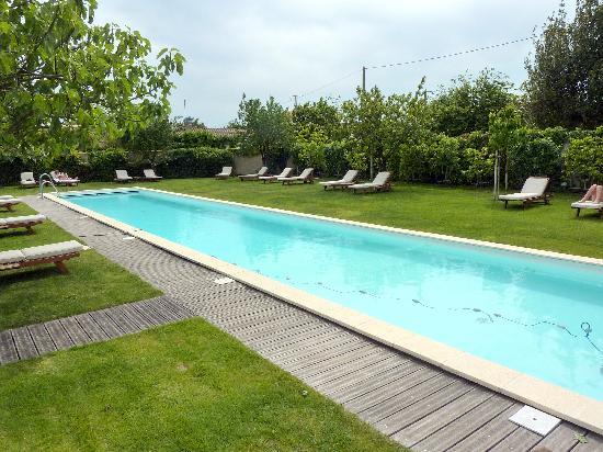 Chateau Cordeillan-Bages: La piscine
