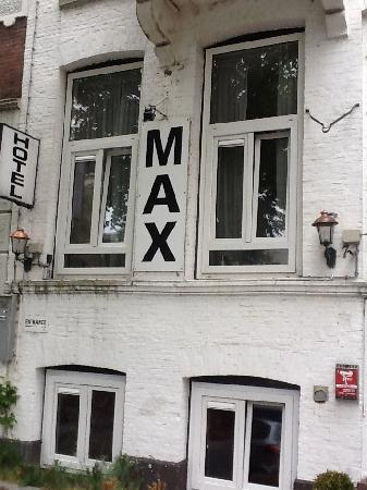 Hotel Max: front hotel