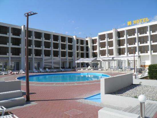 Foto de hotel kolovare zadar pool with access to beach for Hotels zadar