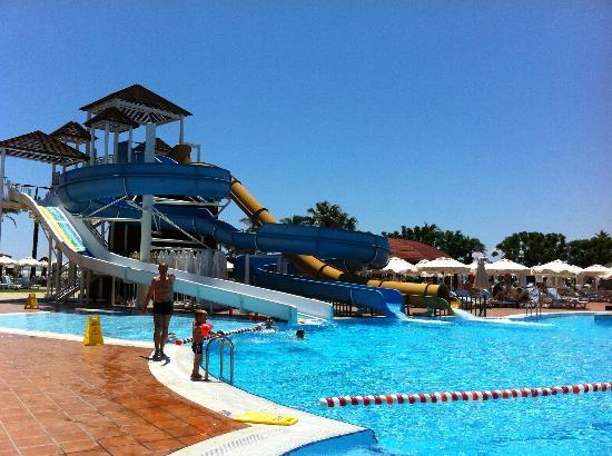 TUI Magic Life Club Belek: Havuz Genel Görünüm