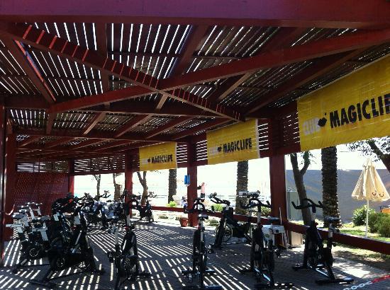 TUI Fun & Sun Club Belek: Spinning Alanı (Laura Becze ile spinning derslerini kaçırmayın)