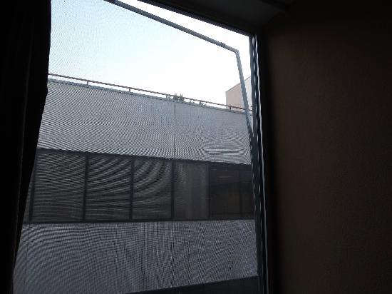 Dunes Inn - Wilshire : La moustiquaire de la chambre