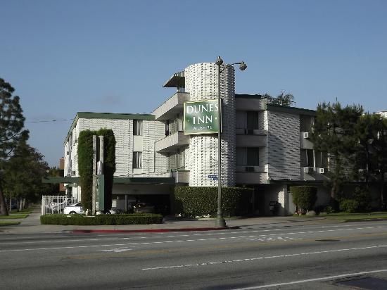 Dunes Inn - Wilshire: Vue de l'hôtel