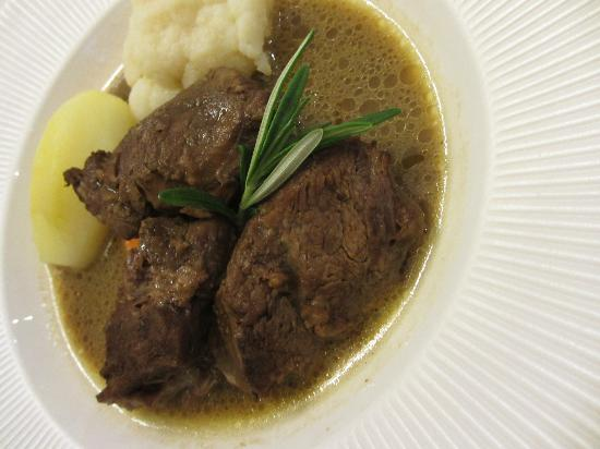 "Auberge de Launay : The plat: Stewed beef as ""pot au feu"" - exceptional!"