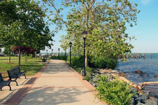 Havre de Grace, MD: The bordwalk leads to this paved little trail along the bank
