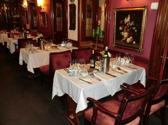 Foley's Townhouse and Restaurant : oder hier?