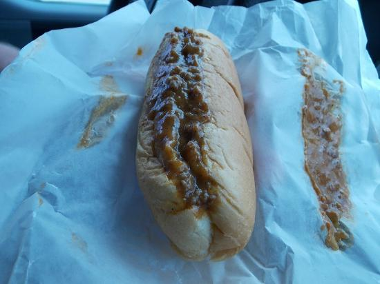 Texas Hot Lunch / 4 Sons: Greek dog with lots of sauce