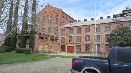 Old Sugar Mill: View from parking lot