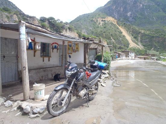 Peru Moto Tours: Somewhere between Abancay and Chalhuanca...