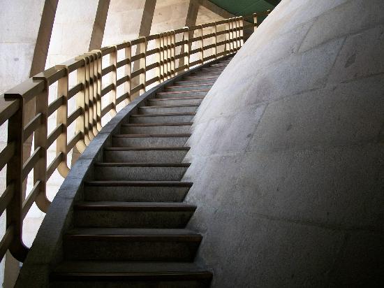 Monumento y Museo de la Revolucion: Stairs inside the dome.