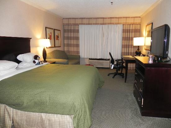 Country Inn & Suites by Radisson, Atlanta Airport North, GA : Updated rooms!