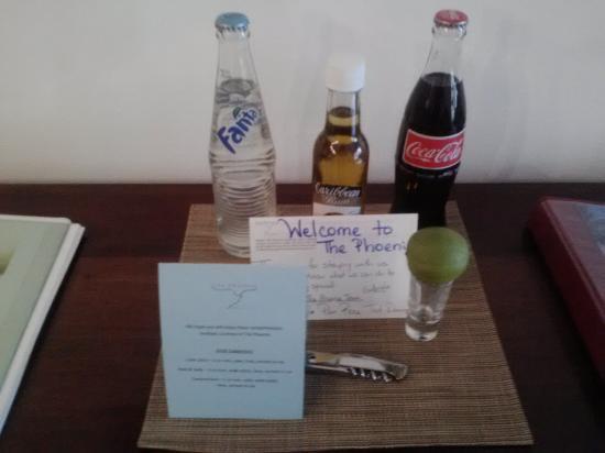 The Phoenix Resort: Comp drink in suite