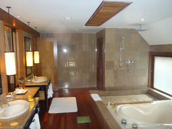 Overwater Bungalow Bathroom Picture Of The St Regis Bora
