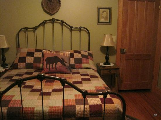 Dillon Hill Inn, B&B & Cabins: Room