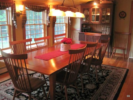Dillon Hill Inn, B&B & Cabins: Breakfast room