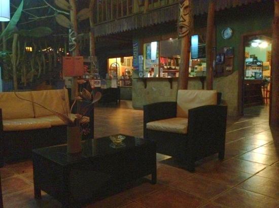 Cariblue Beach & Jungle Resort: hotel's lobby