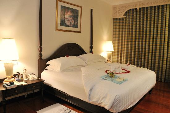 Sofitel Krabi Phokeethra Golf & Spa Resort: Opera Suite - decorated for wedding