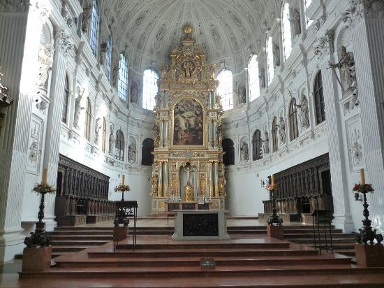 米夏埃爾教堂