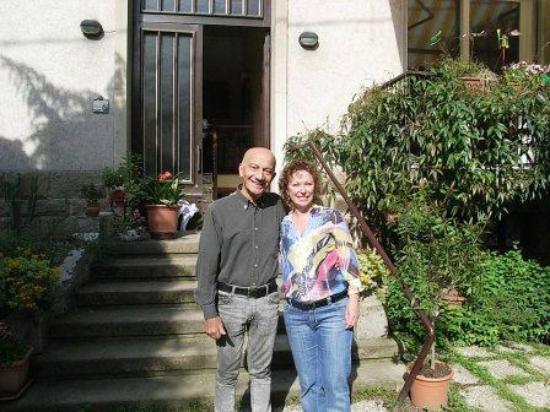 Benincasa : Mario & I at the entrance