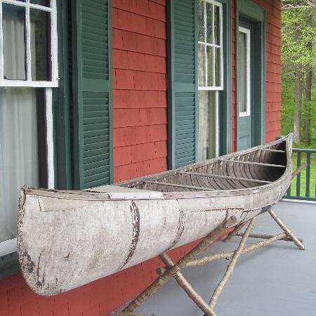 Roosevelt Campobello International Park: birch bark canoe