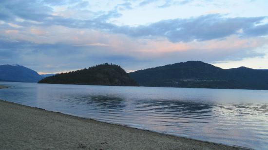 Shuswap Lake Provincial Park: Shuswap Lake, and Copper Island