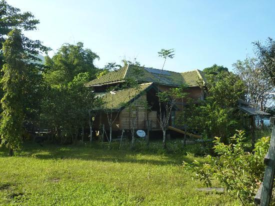 Tando Bone Resort : House