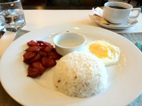 Avitel Hotel: 朝食
