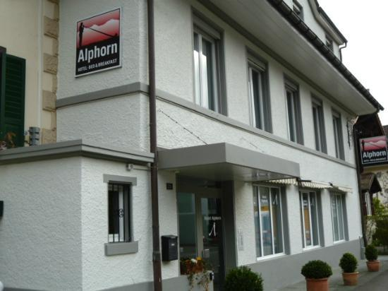 Hotel Alphorn: reception