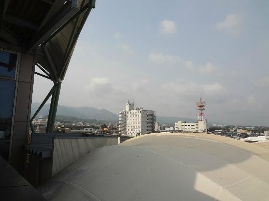 Hotel Wing International Izumi: Wing from Izumi station