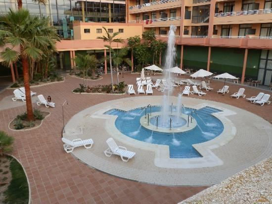 Advise Aparthotel Reina : La zona del Jacuzzi