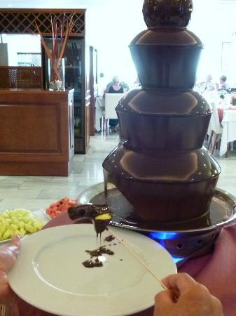 Artiem Audax Adults Only : Chocolate fountain appeared on 2 nights