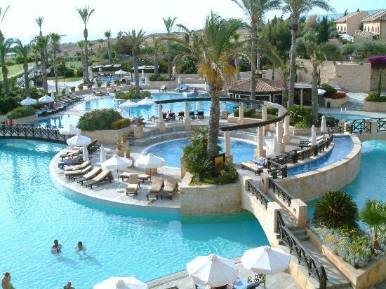 Elysium Hotel: Pool area
