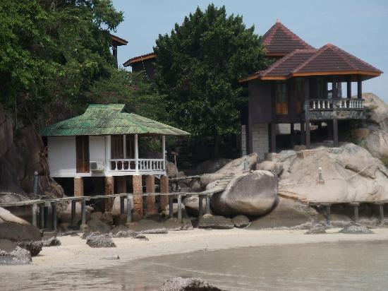 Taatoh Resort & Freedom Beach Resort: sea front bungalow