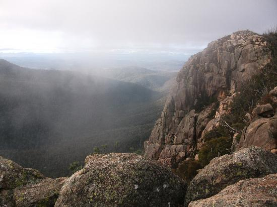 Canberra, Austrália: View from the top - well worth the hike