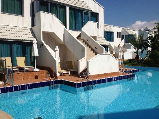 Susesi Luxury Resort : Lake hose rooms