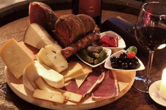 Wine Bar LOZA