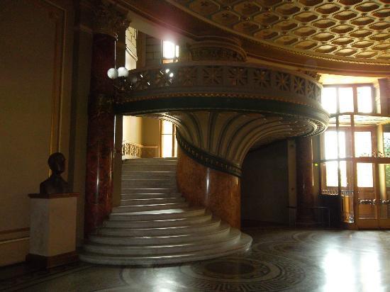 Romanian Athenaeum (Ateneul Roman): the_stairs