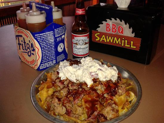 Sawmill BBQ: BBQ Nachos