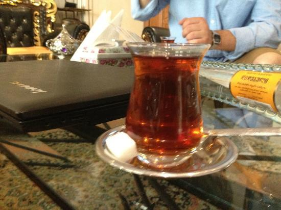 Blue Istanbul Hotel: Tea