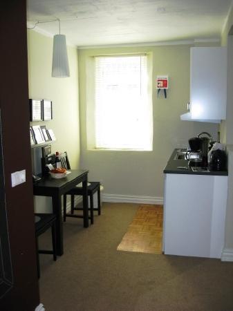 Reykjavik Residence Hotel: Kitchenette