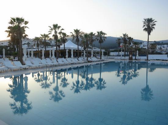 Club Med Yasmina: Piscine du Deck
