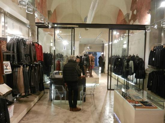 Noi Leather Wholesale and Design: francesco nino sam moreno julio lucciano (noi) family